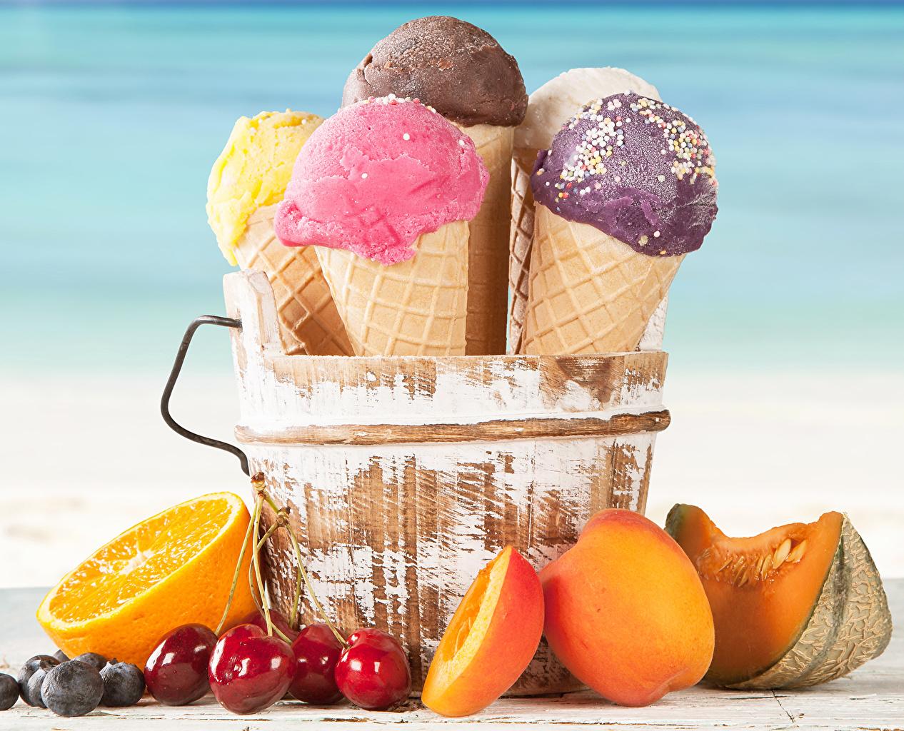 Фотографии Апельсин Мороженое Вишня Персики Пища Сладости Черешня Еда Продукты питания сладкая еда