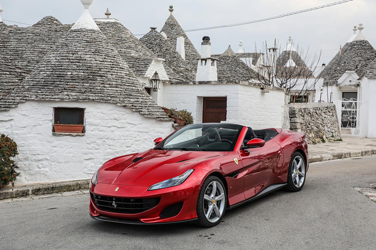 Фото Ferrari 2018 Portofino кабриолета красная Металлик Автомобили Феррари Кабриолет красных красные Красный авто машина машины автомобиль