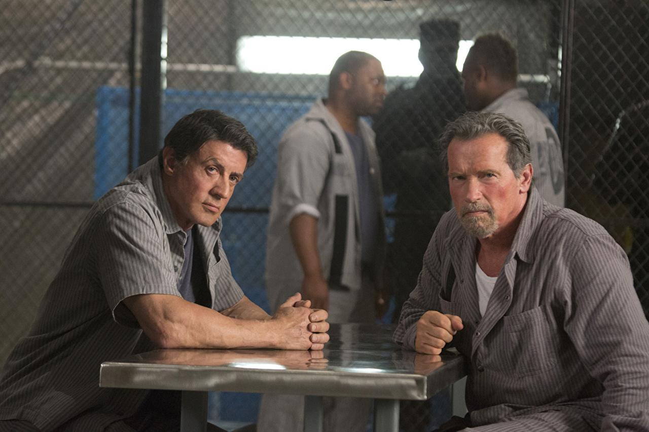 Фотографии План побега Sylvester Stallone Arnold Schwarzenegger мужчина Фильмы Знаменитости Сильвестр Сталлоне Арнольд Шварценеггер Мужчины кино