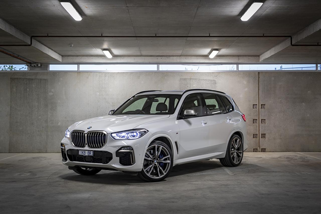 Фото BMW Кроссовер 2018-19 X5 M50d белых Металлик Автомобили БМВ CUV белая белые Белый авто машины машина автомобиль