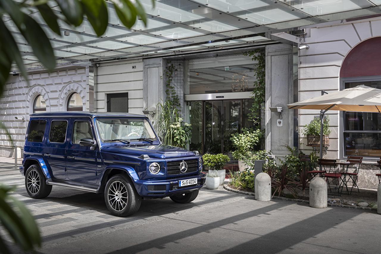 Фотография Мерседес бенц гелентваген Внедорожник 2019 G 400 d AMG Line Stronger Than Time Worldwide синих Металлик Автомобили Mercedes-Benz G-класс SUV синяя синие Синий авто машины машина автомобиль
