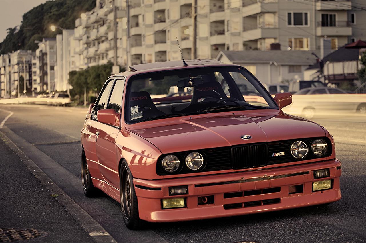 Фотография БМВ M3 E30 красных Фары Спереди автомобиль BMW красная красные Красный фар авто машины машина Автомобили