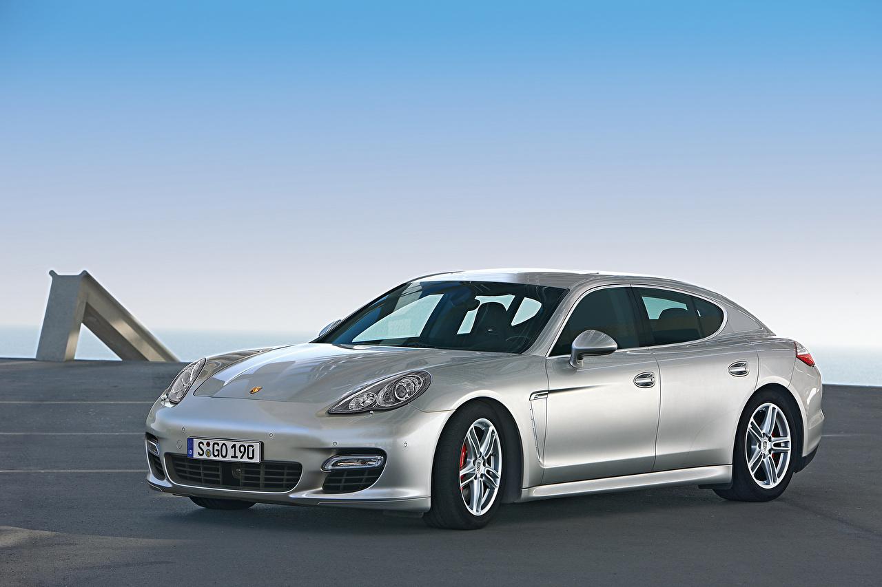 Фотографии Porsche Panamera Turbo Worldwide, 970, 2009–13 серебряная авто Металлик Порше серебряный Серебристый серебристая машина машины Автомобили автомобиль