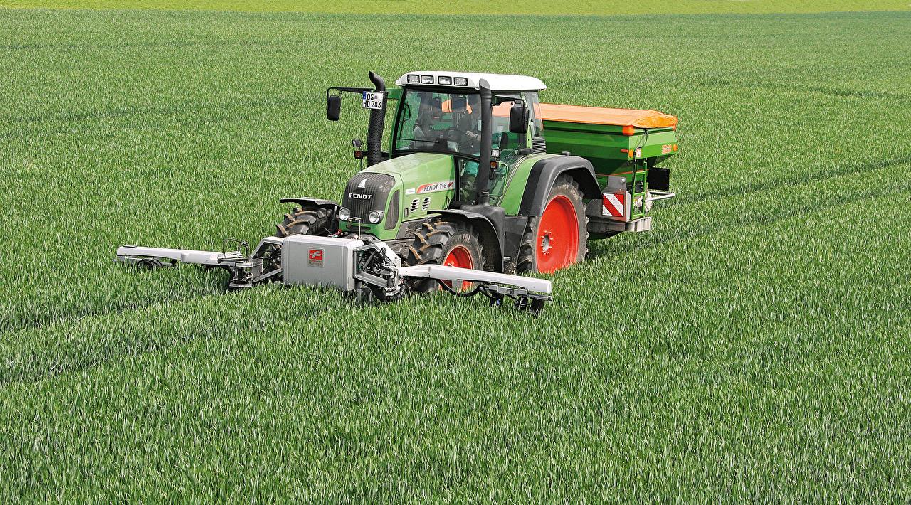 Обои Сельскохозяйственная техника Трактор 2006-11 Fendt 716 Vario Worldwide Поля