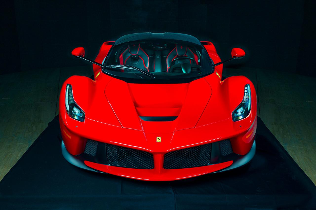 Обои для рабочего стола Ferrari дорогие Красный фар Спереди Автомобили Феррари дорогая дорогой люксовые Роскошные роскошный роскошная красная красные красных Фары авто машины машина автомобиль