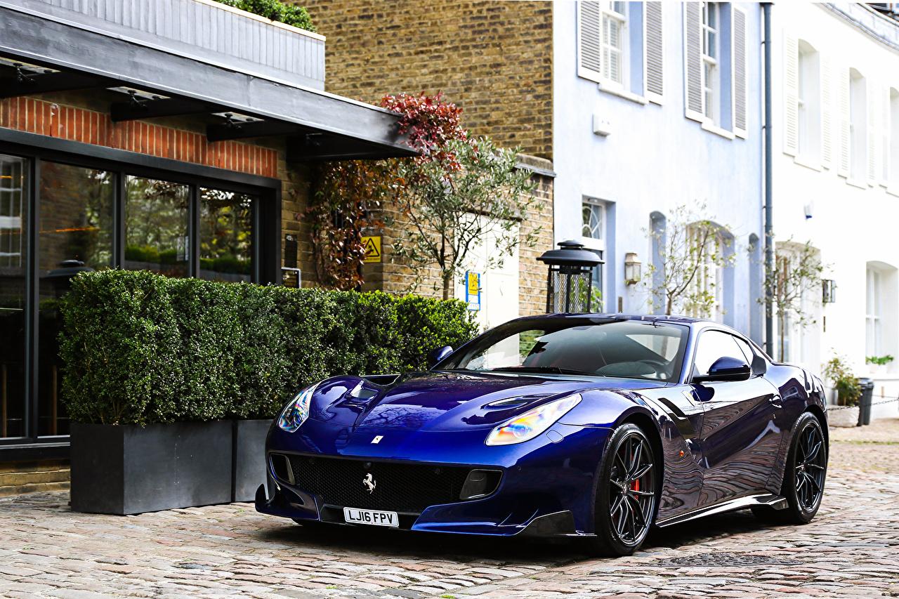 Картинка Ferrari 2015 F12tdf синие машины Металлик Феррари синих Синий синяя авто машина автомобиль Автомобили