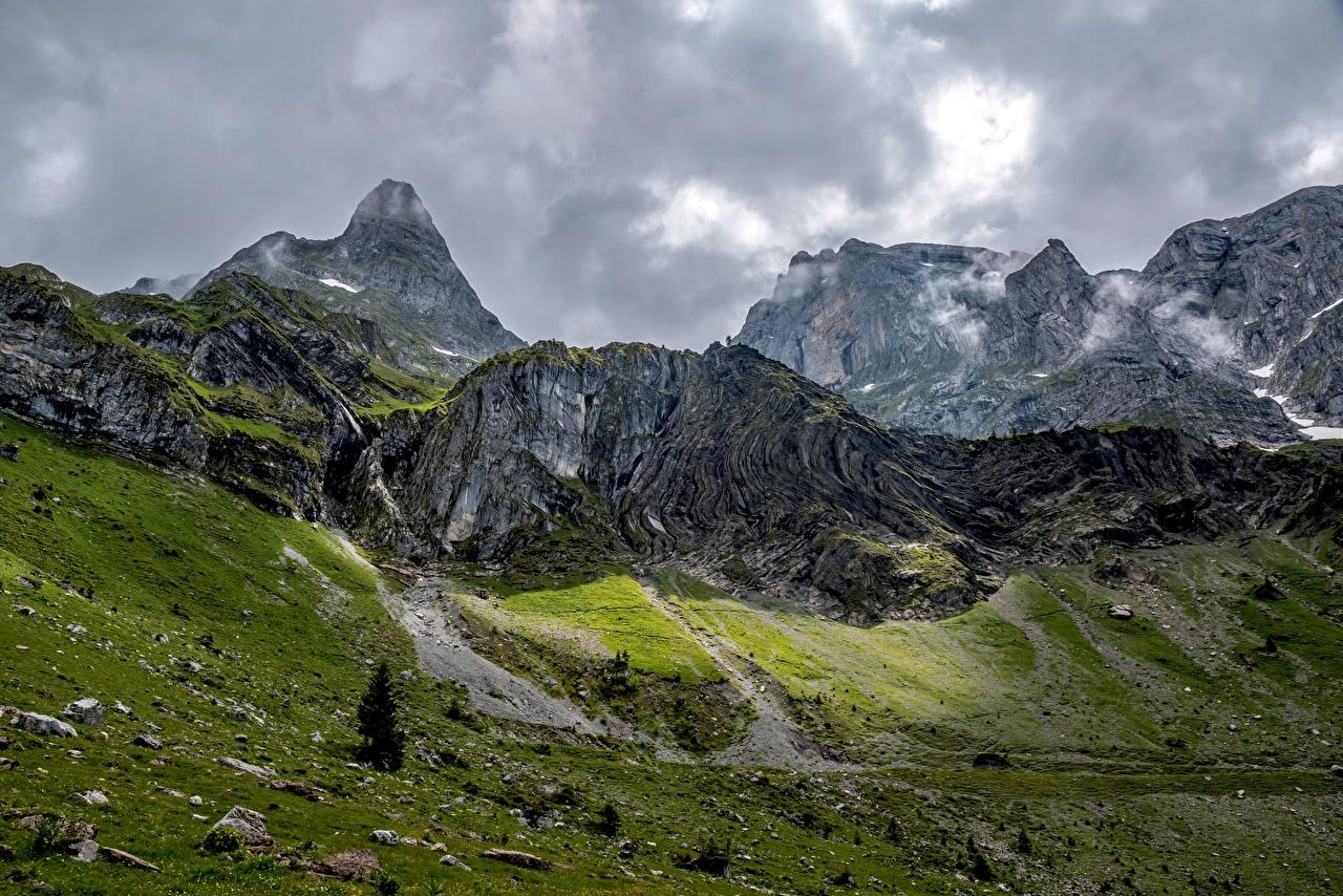 Фотографии Швейцария Wolfenschiessen Горы Скала Природа Камни гора Утес скале скалы Камень