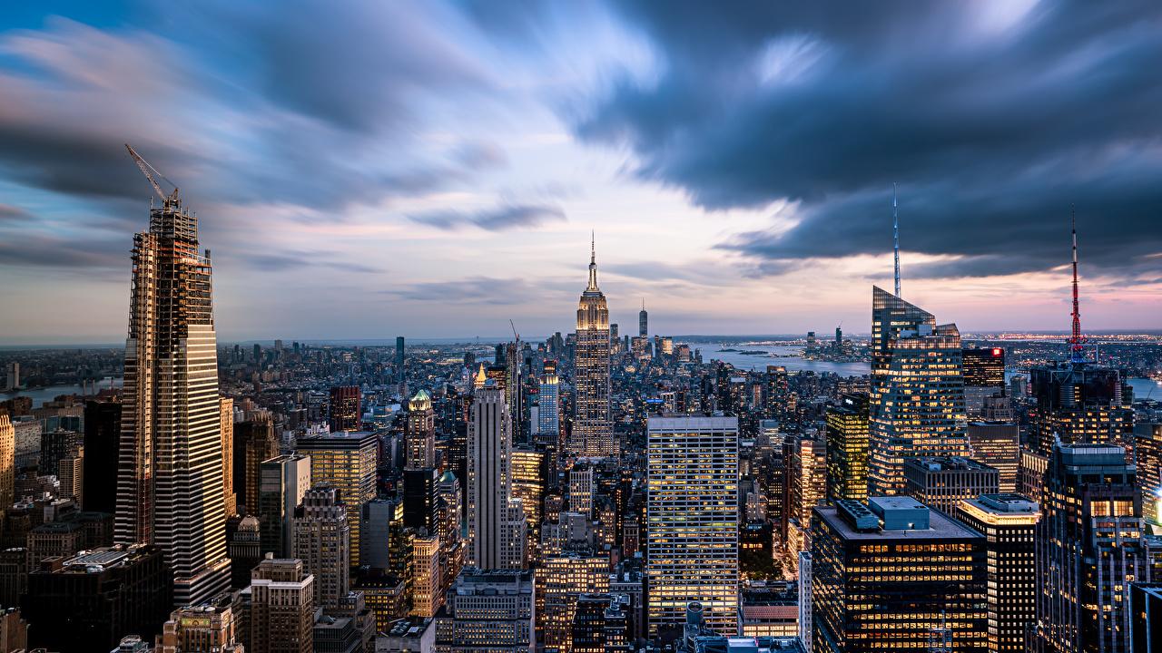 Картинки Нью-Йорк америка мегаполиса Empire State Building Небоскребы Здания Города США штаты Мегаполис Дома город