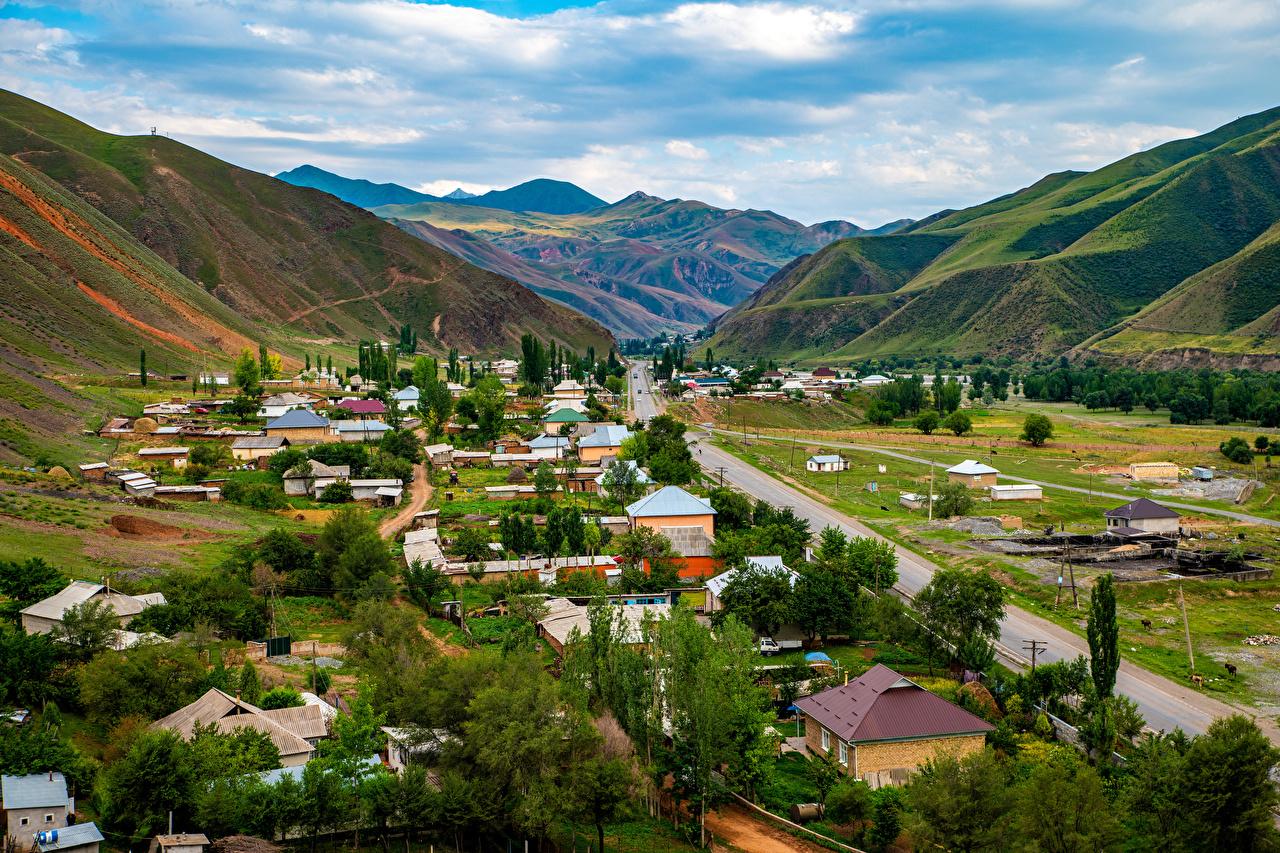 Фото Osh Region, Kyrgyzstan гора Природа Дороги Здания Горы Дома