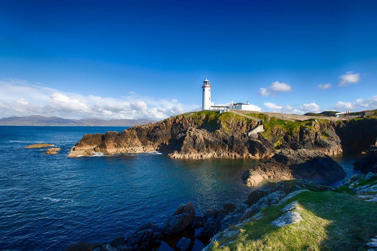 Фото Ирландия Clifftop House Маяки Природа берег маяк Побережье