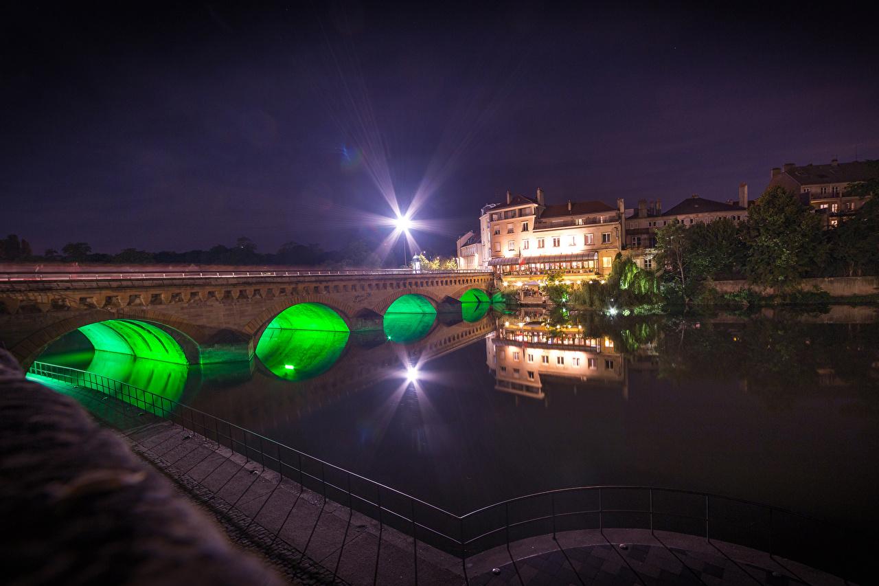 Фотографии Лучи света Франция Metz Lorraine Мосты речка Дома Города Реки Здания
