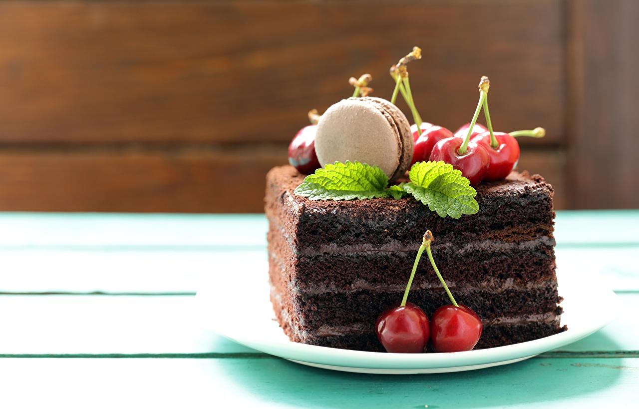 Фотография Макарон Черешня Продукты питания Пирожное Вишня Еда Пища