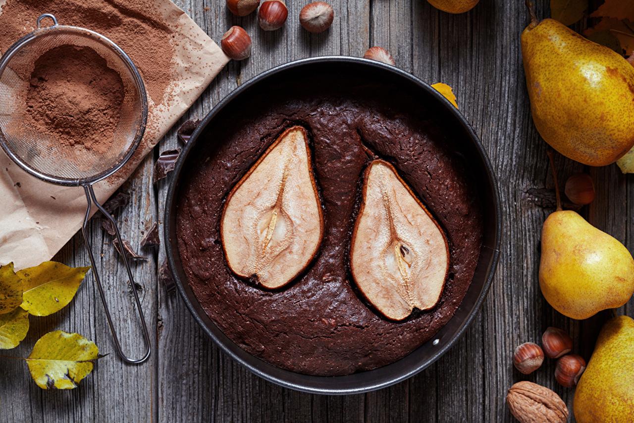 Картинка Пирог Какао порошок Груши Еда Орехи Выпечка Пища Продукты питания