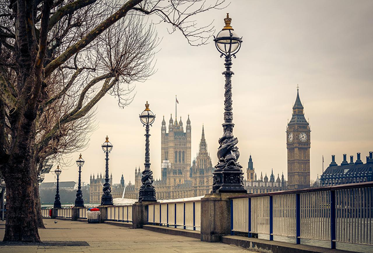 Фотография Биг-Бен лондоне Великобритания забором Уличные фонари Города Лондон Забор забора ограда город