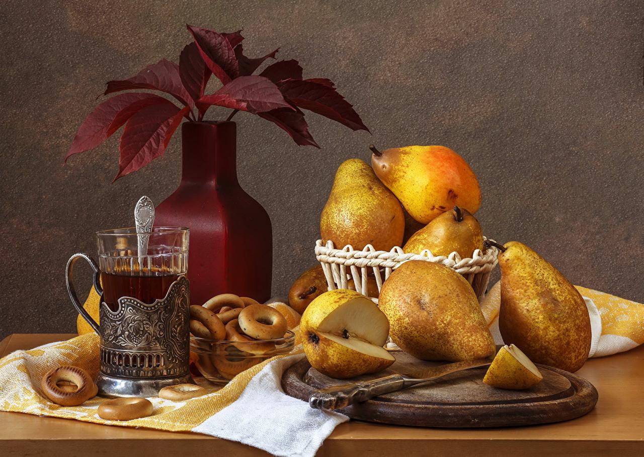 Картинки лист Чай Груши стакане Еда Ваза Натюрморт Листья Листва Стакан стакана Пища вазы вазе Продукты питания