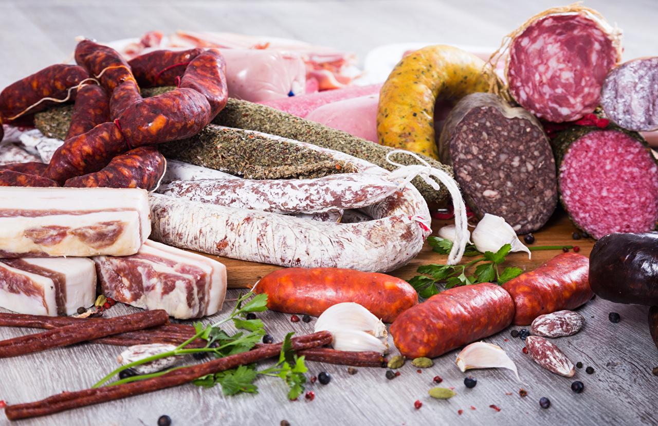 Фотография Сало Колбаса Сосиска Еда Мясные продукты Пища Продукты питания