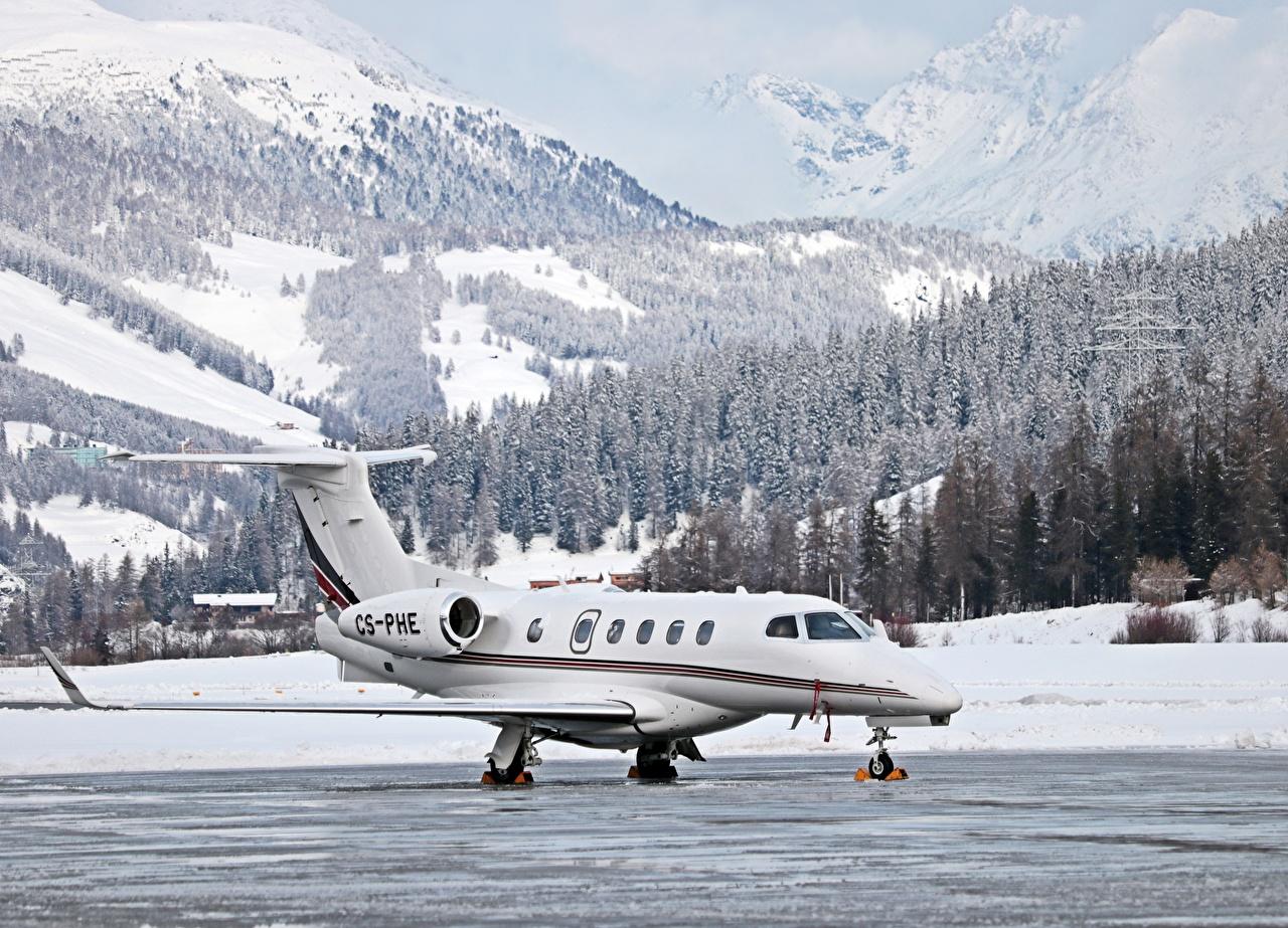 Обои для рабочего стола Самолеты Швейцария Dassault Falcon 50, St. Moritz, Airfield Горы зимние Леса снега Авиация Зима гора лес Снег снеге снегу