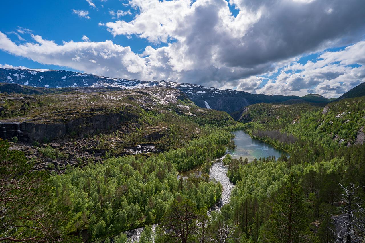 Картинки Норвегия Rago National Park Горы Утес Природа Леса парк Пейзаж река облачно гора Скала скале скалы лес Парки Реки речка Облака облако
