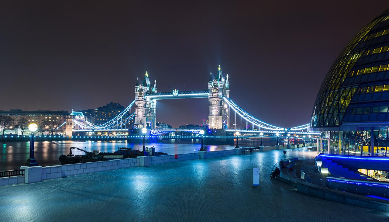 Фотографии лондоне Англия Великобритания Башня мост Реки Ночь Уличные фонари Дома Города Лондон башни Мосты река ночью речка в ночи Ночные город Здания