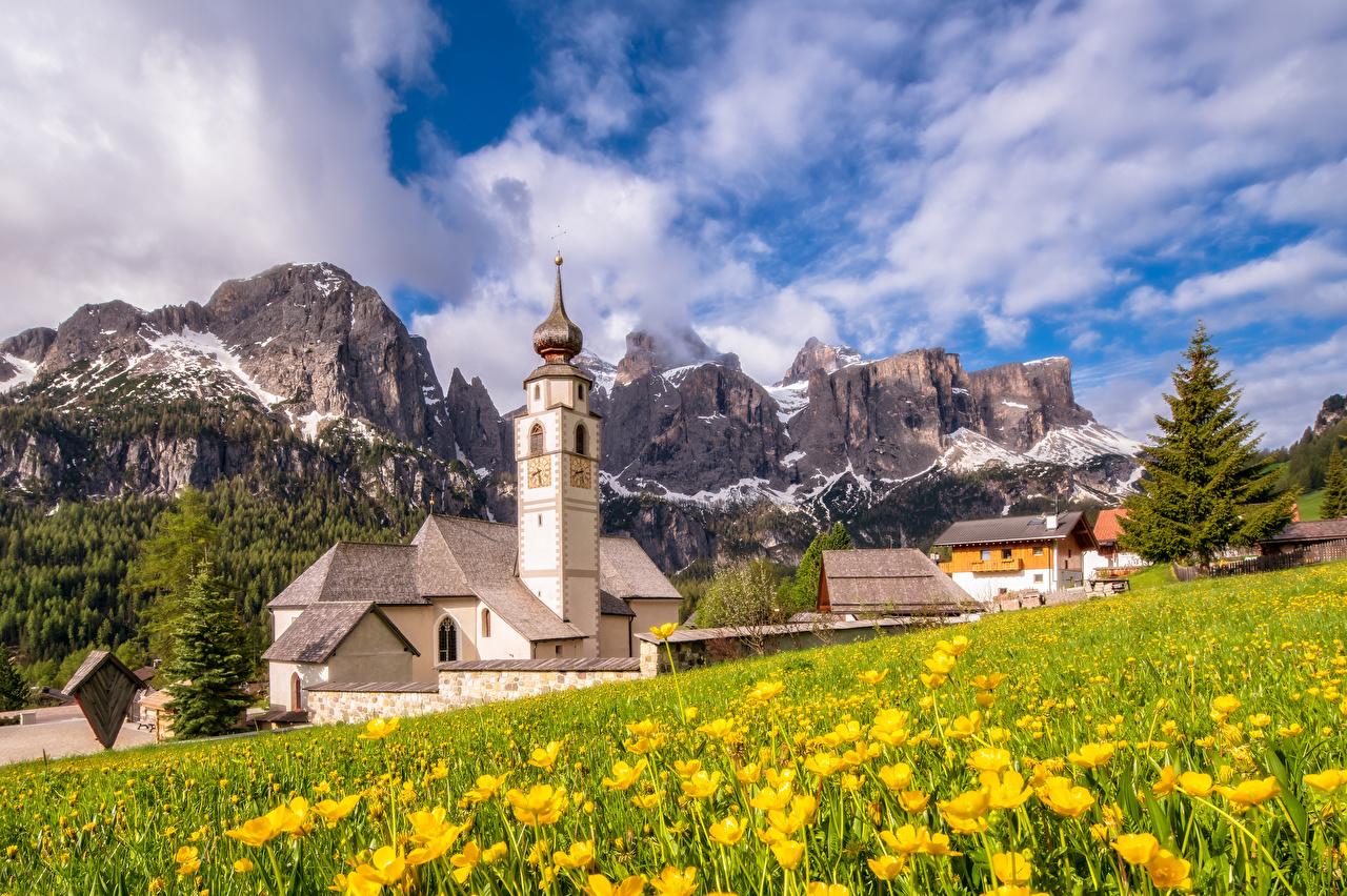 Картинка Церковь альп Италия South Tyrol, Dolomites гора Природа облачно Альпы Горы Облака облако
