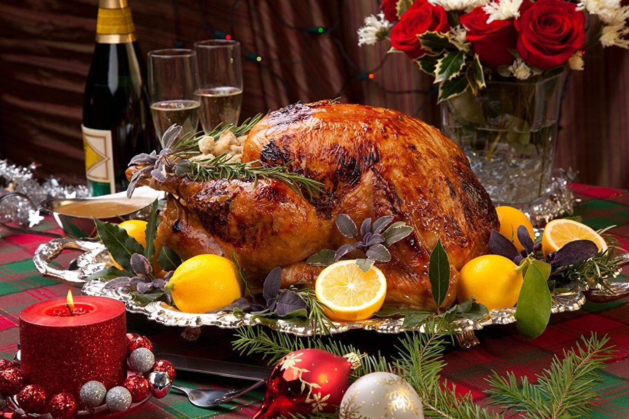 Картинка Лимоны Курица запеченная Шар Пища Свечи Бокалы Еда бокал Шарики Продукты питания