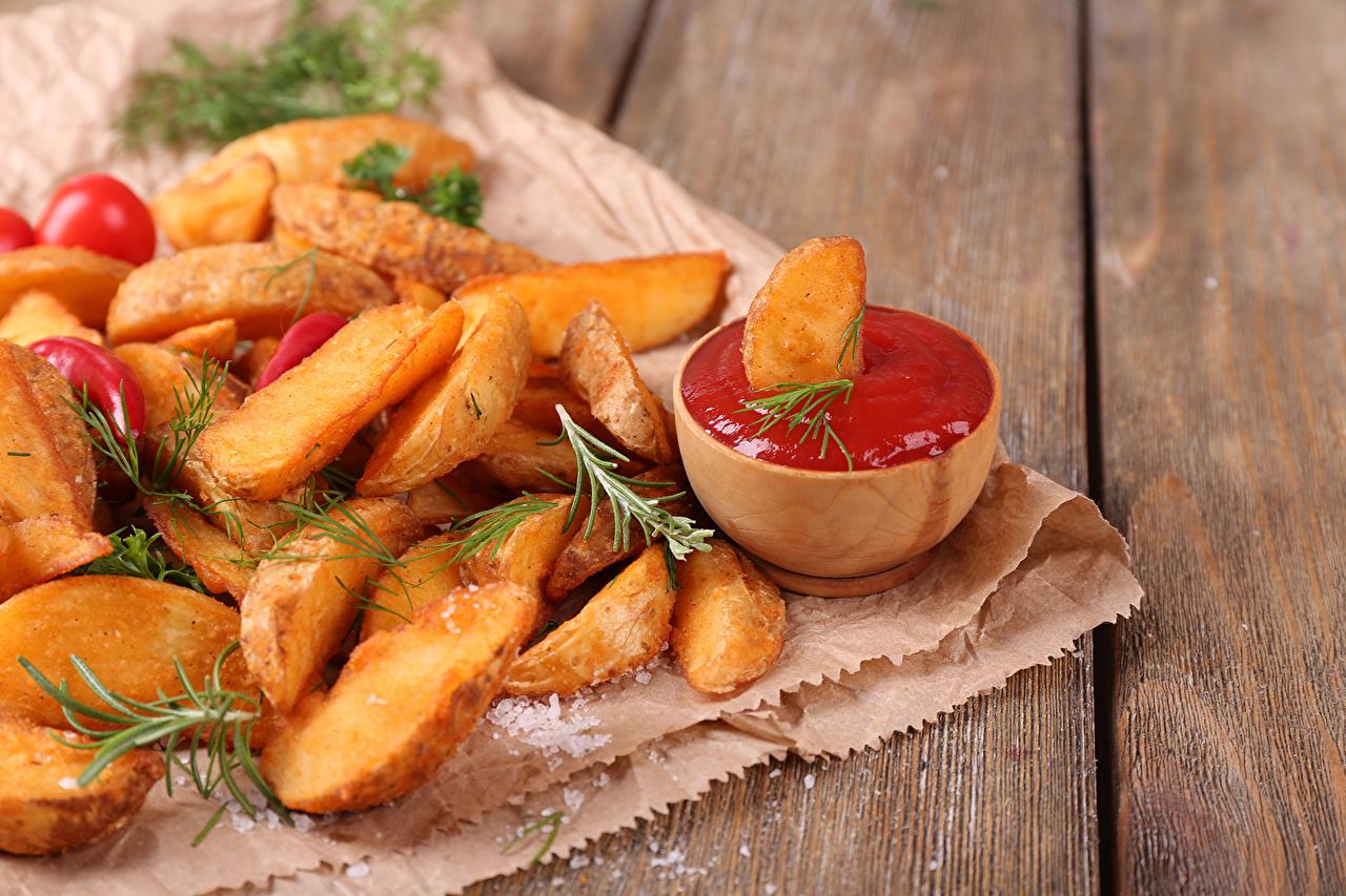 Фотография Картофель фри Кетчуп Фастфуд Еда кетчупа кетчупом Быстрое питание Пища Продукты питания