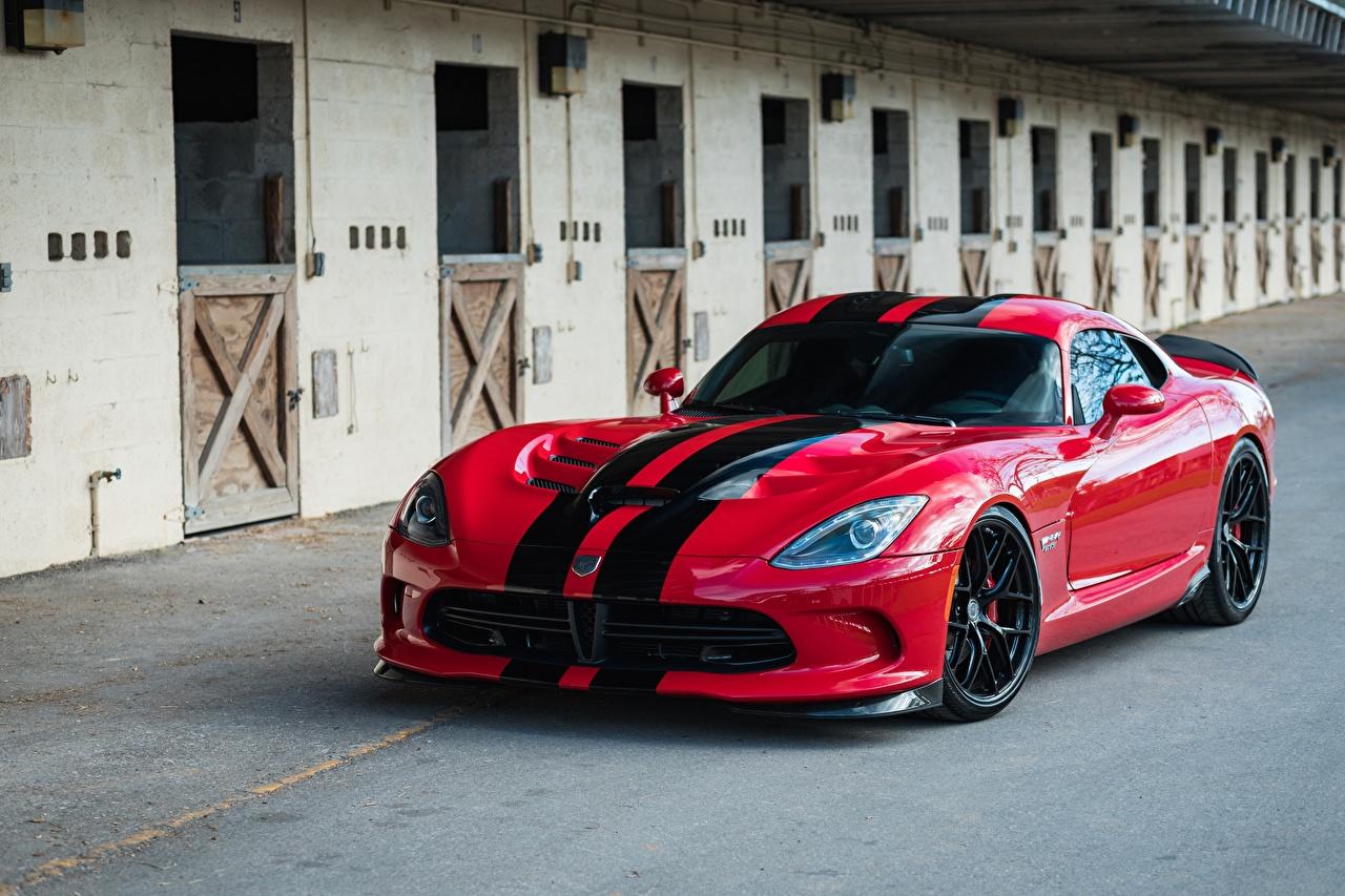 Фотографии Dodge Viper GTS HRE Gloss Lightweight R101 красных полосатый Автомобили Додж красная красные Красный авто машины машина Полоски полосатая автомобиль
