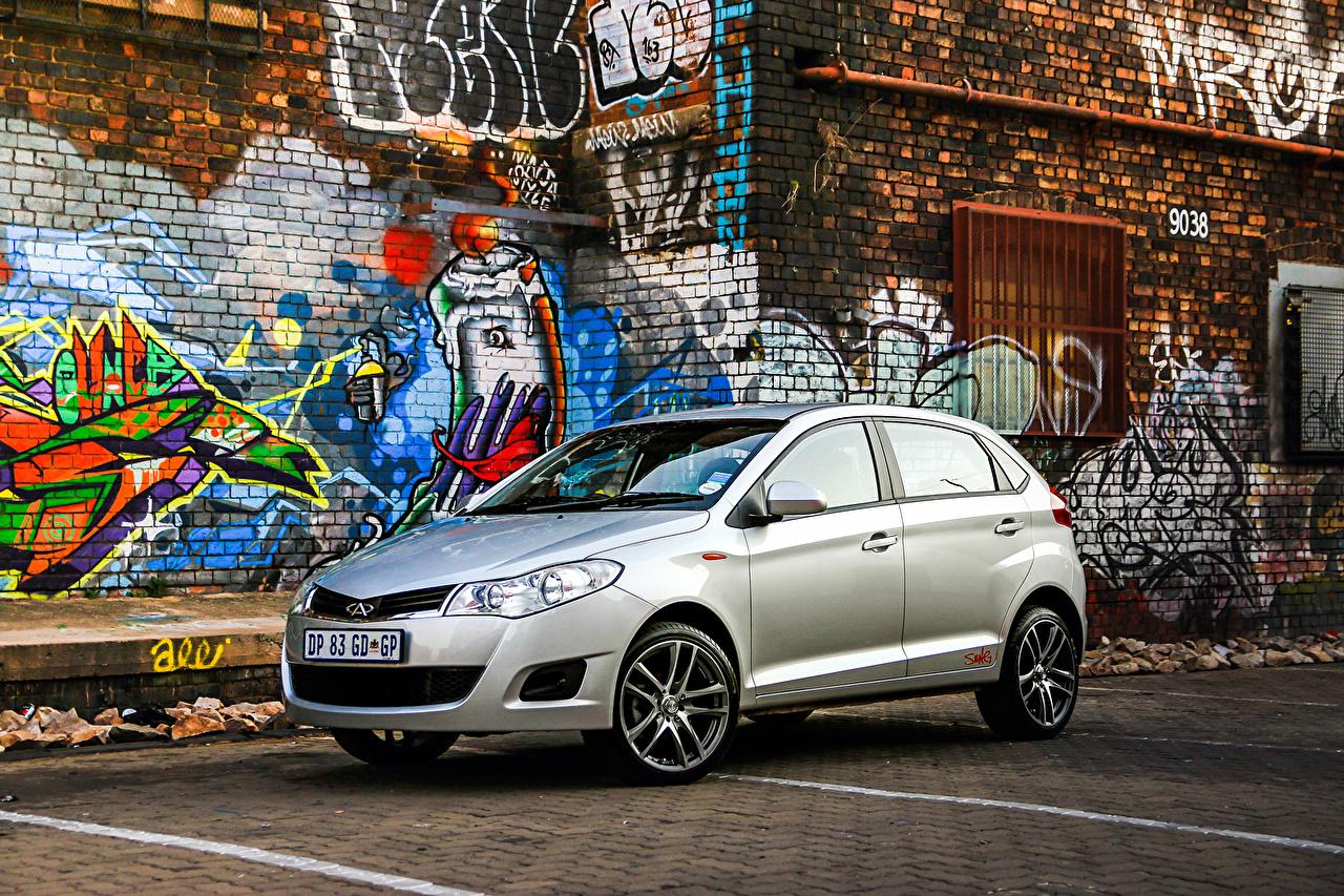 Фотографии Chery Bonus Граффити машины авто машина автомобиль Автомобили