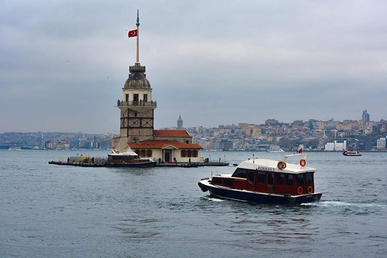 Обои для рабочего стола Стамбул Турция Bosporus маяк Катера Города Маяки город