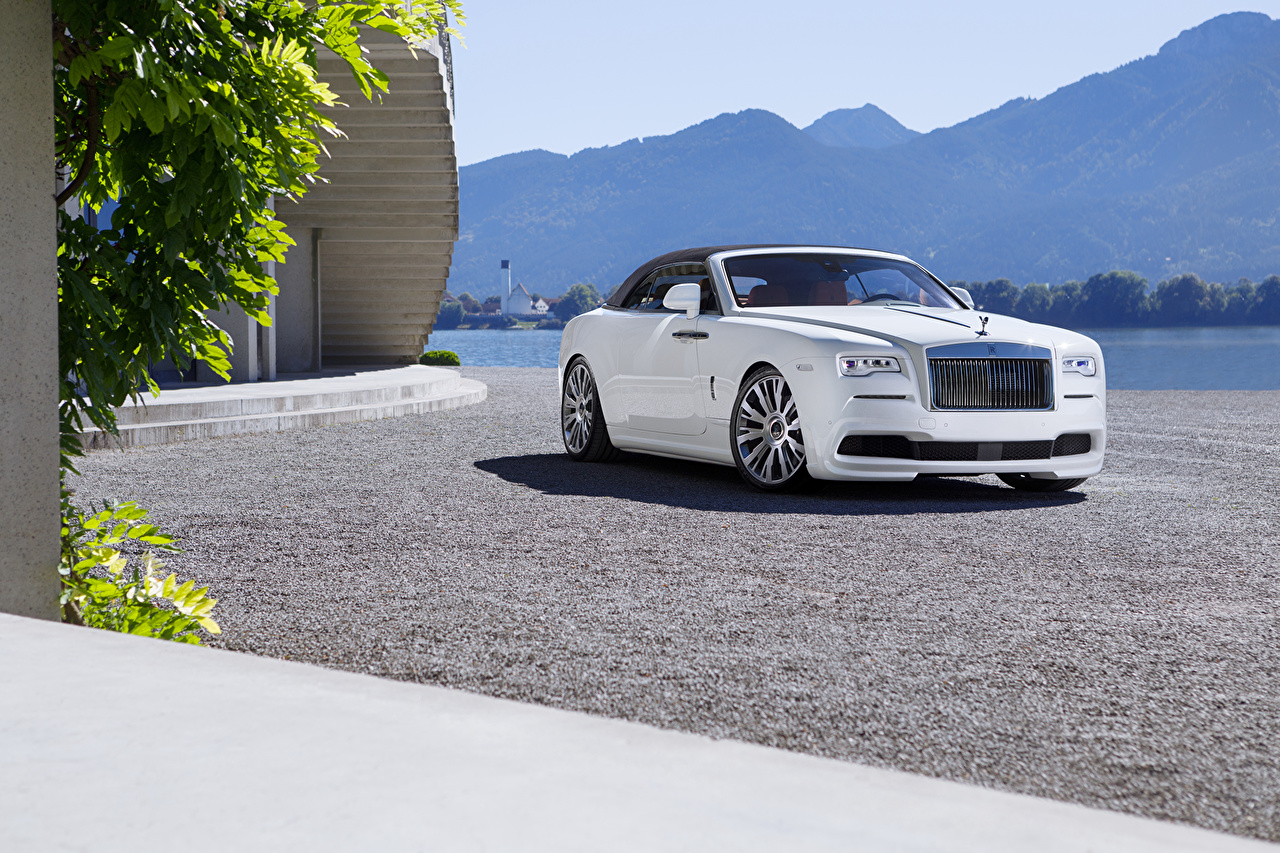 Фотографии Роллс ройс 2016 Spofec Dawn Роскошные белых Металлик Автомобили Rolls-Royce дорогие дорогой дорогая люксовые роскошная роскошный Белый белые белая авто машина машины автомобиль