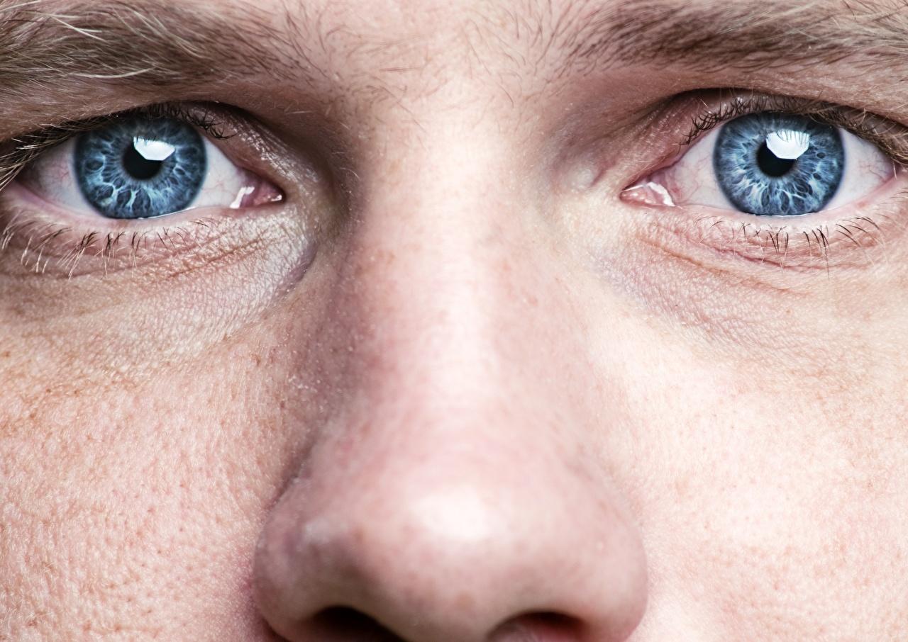 Картинки Глаза Мужчины носа вблизи мужчина Нос Крупным планом