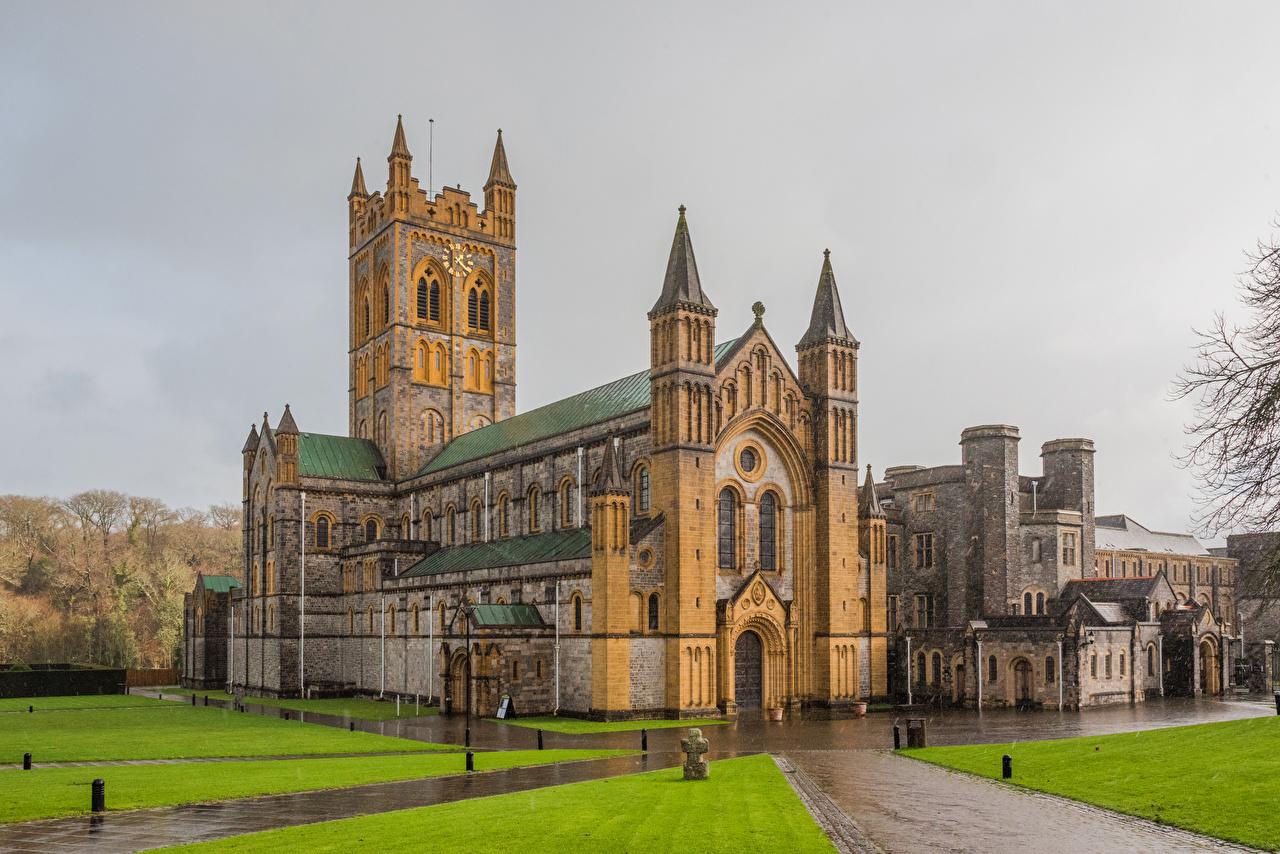 Фотография Монастырь Англия Buckfast Abbey Дождь Храмы город храм Города