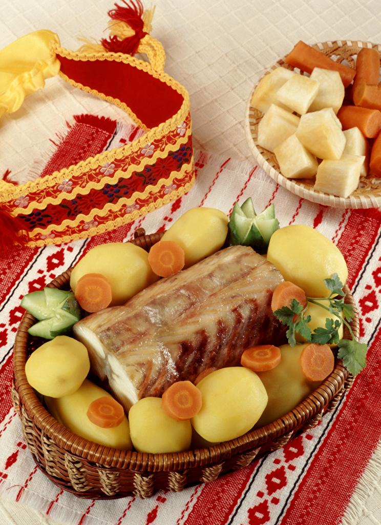 Картинки Морковь картошка Рыба Овощи Продукты питания  для мобильного телефона морковка Картофель Еда Пища
