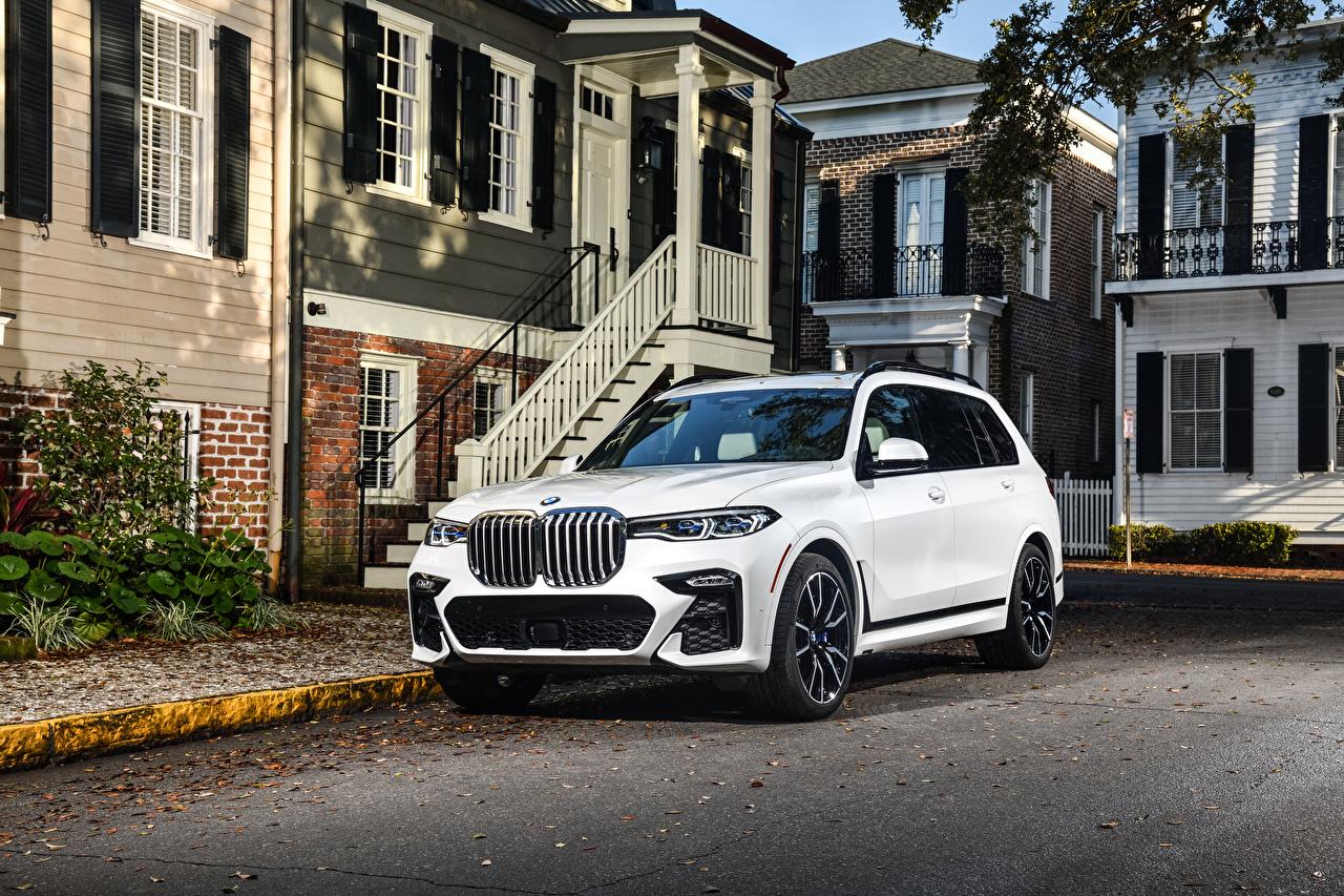 Фотография БМВ CUV 2020 X7 xDrive50i M Sport белые машины BMW Кроссовер белых Белый белая авто машина автомобиль Автомобили