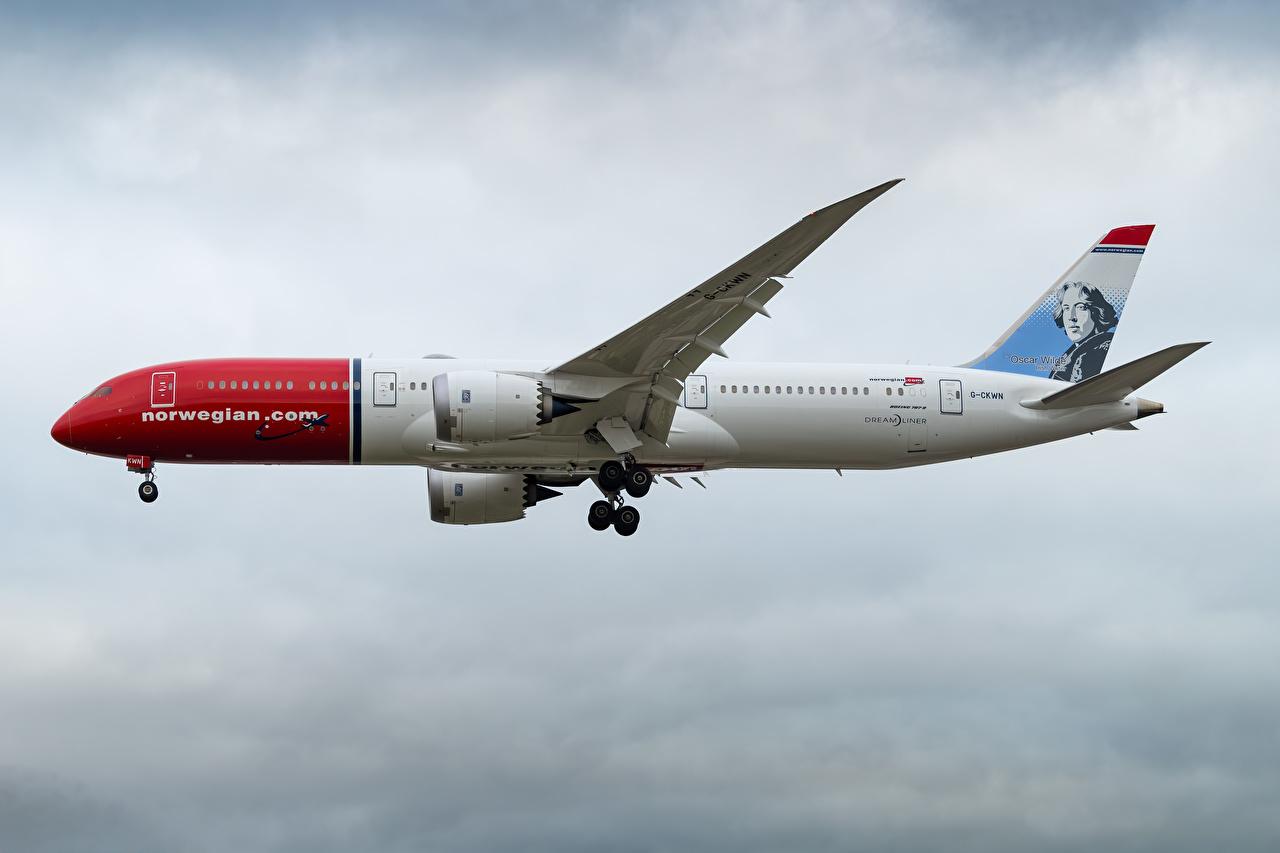 Обои для рабочего стола Boeing Самолеты Пассажирские Самолеты 787-9, Norwegian Air Сбоку Авиация Боинг