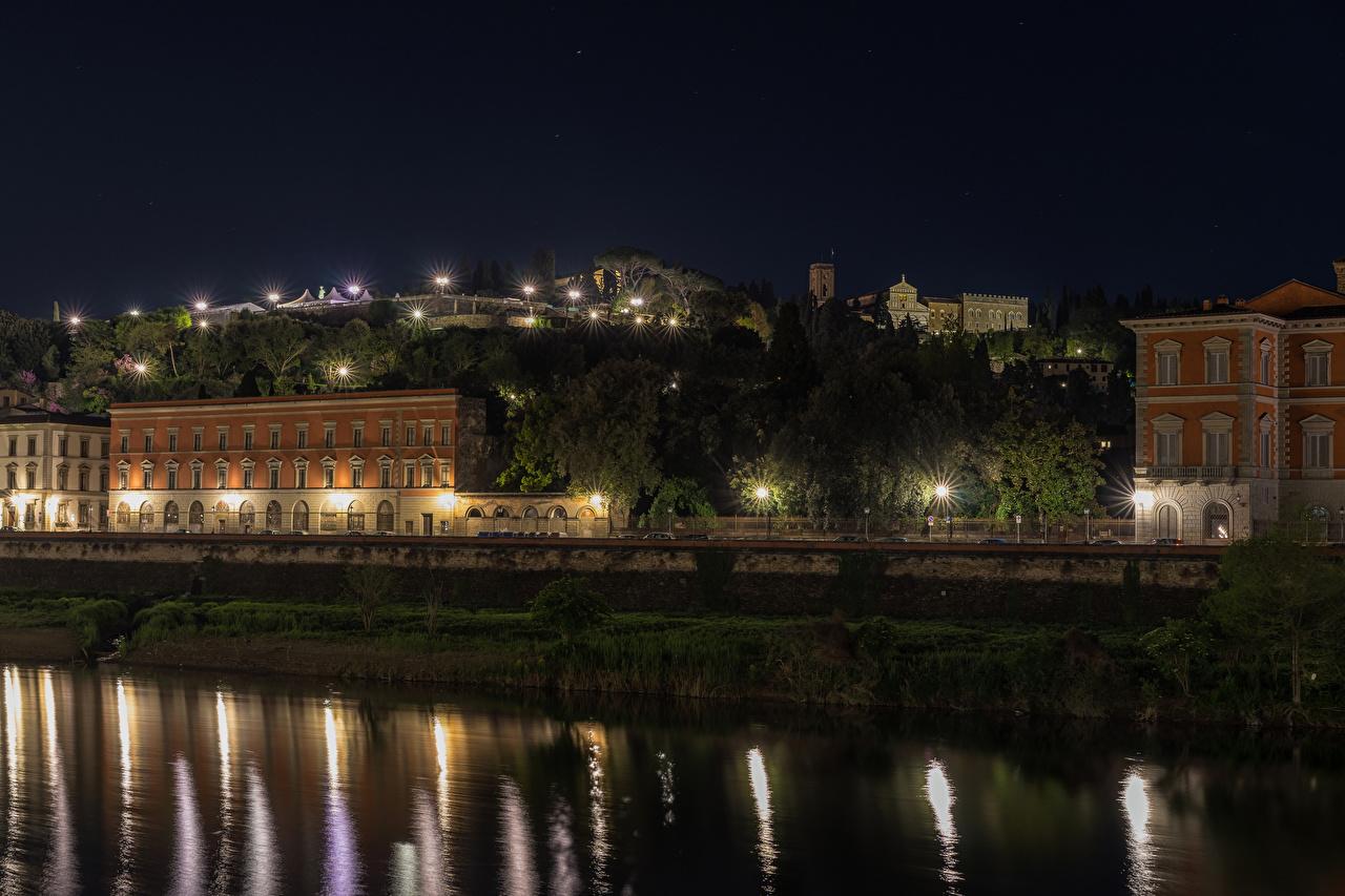 Фотография Италия Florence Реки Ночные Уличные фонари Дома Города Ночь речка ночью в ночи Здания