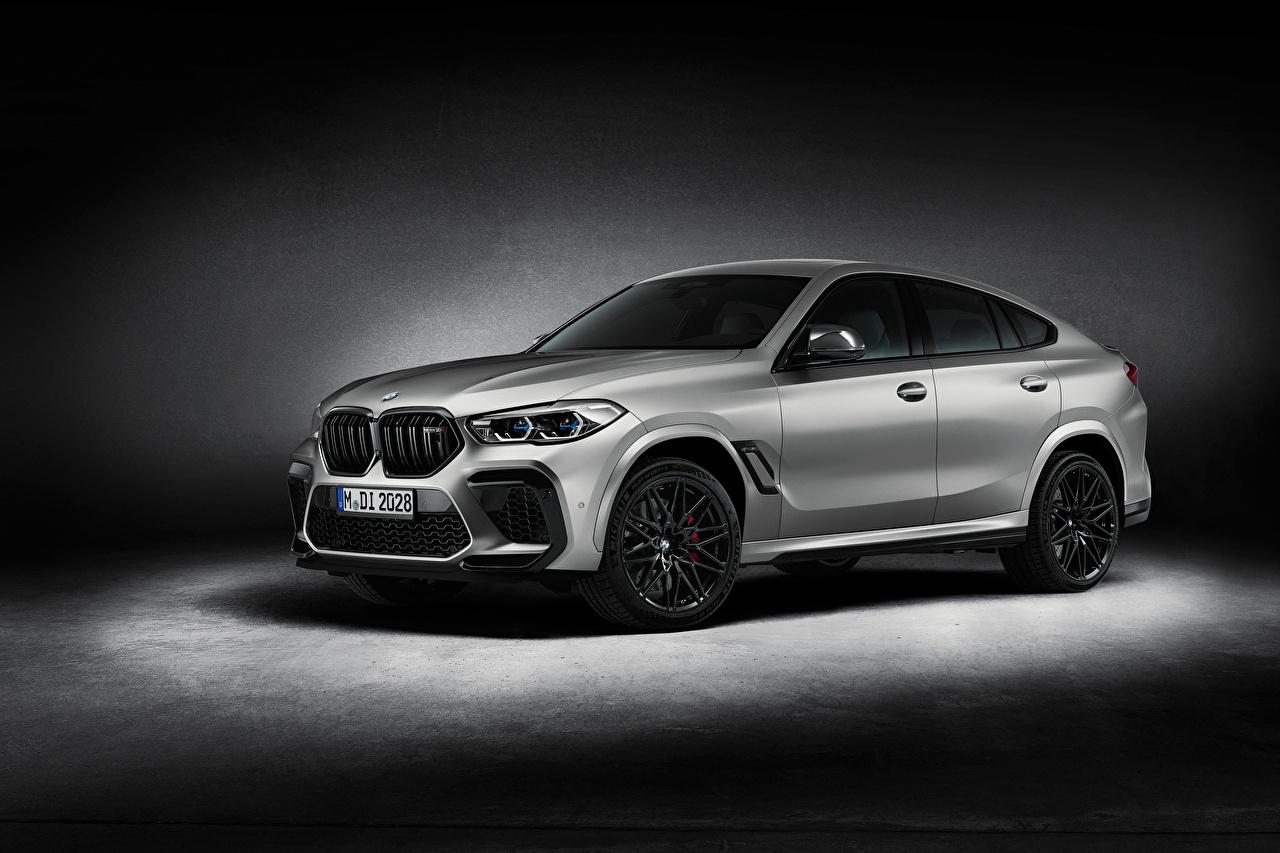 Фото BMW X6 M Competition 'First Edition', (F96), 2020 серебристая Автомобили БМВ серебряный серебряная Серебристый авто машины машина автомобиль