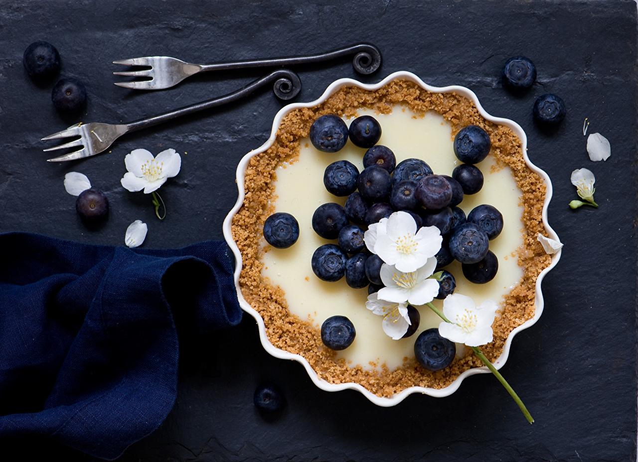 Фотография Пирог Десерт Черника Ягоды Продукты питания Еда Пища