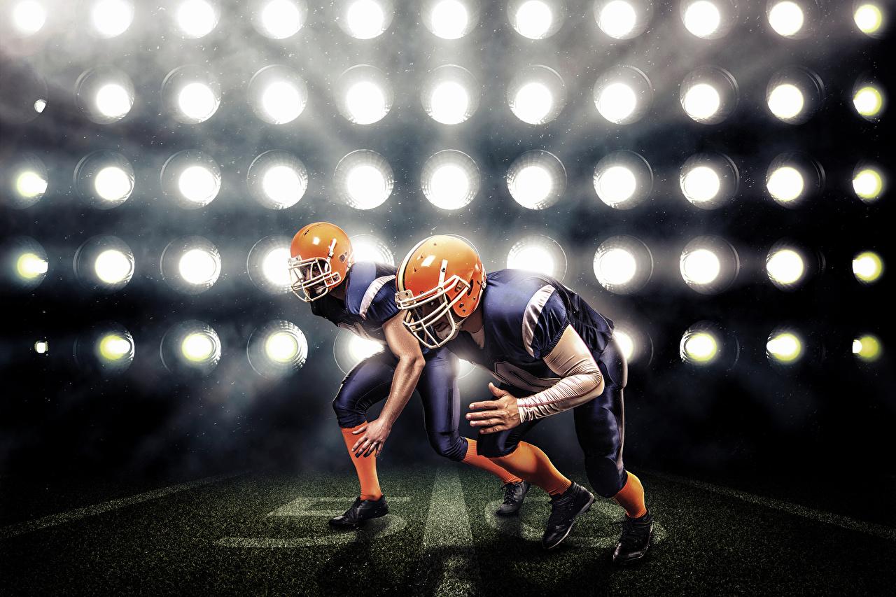 Картинка Шлем Американский футбол два Спорт Униформа шлема в шлеме 2 две Двое вдвоем униформе