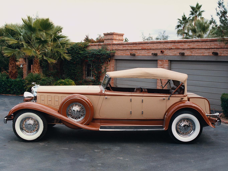 Фотографии 1930 Chrysler 77 Ретро Сбоку Автомобили