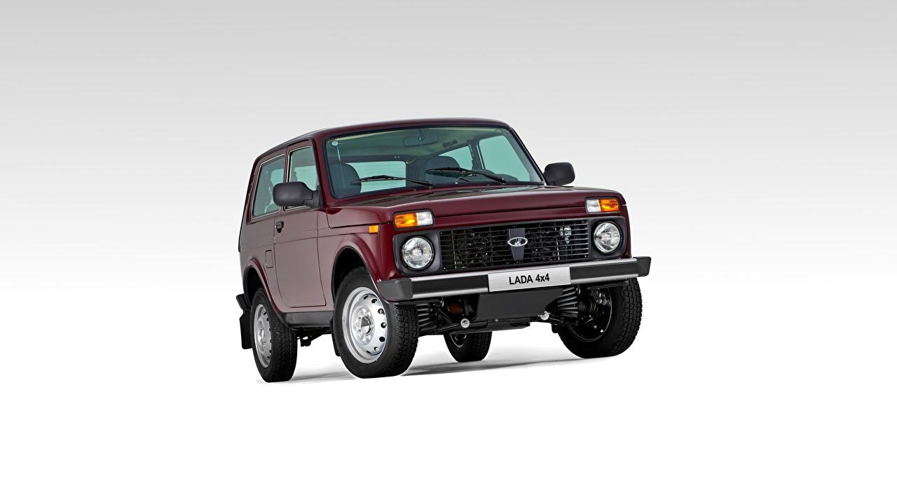 Фото Лада Российские авто Внедорожник Niva, ВАЗ 2121 бордовые Спереди Автомобили SUV бордовая Бордовый темно красный авто машины машина автомобиль
