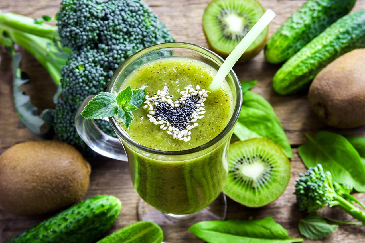 Фотография зеленые Киви Стакан Пища Овощи Коктейль зеленых Зеленый зеленая стакана стакане Еда Продукты питания