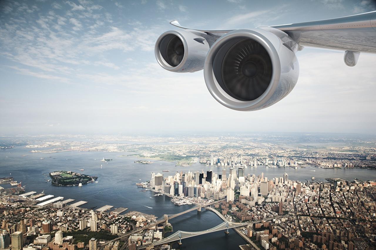 Фотография Города Нью-Йорк Крыло самолёта США Турбина Сверху Двигатель штаты мотор