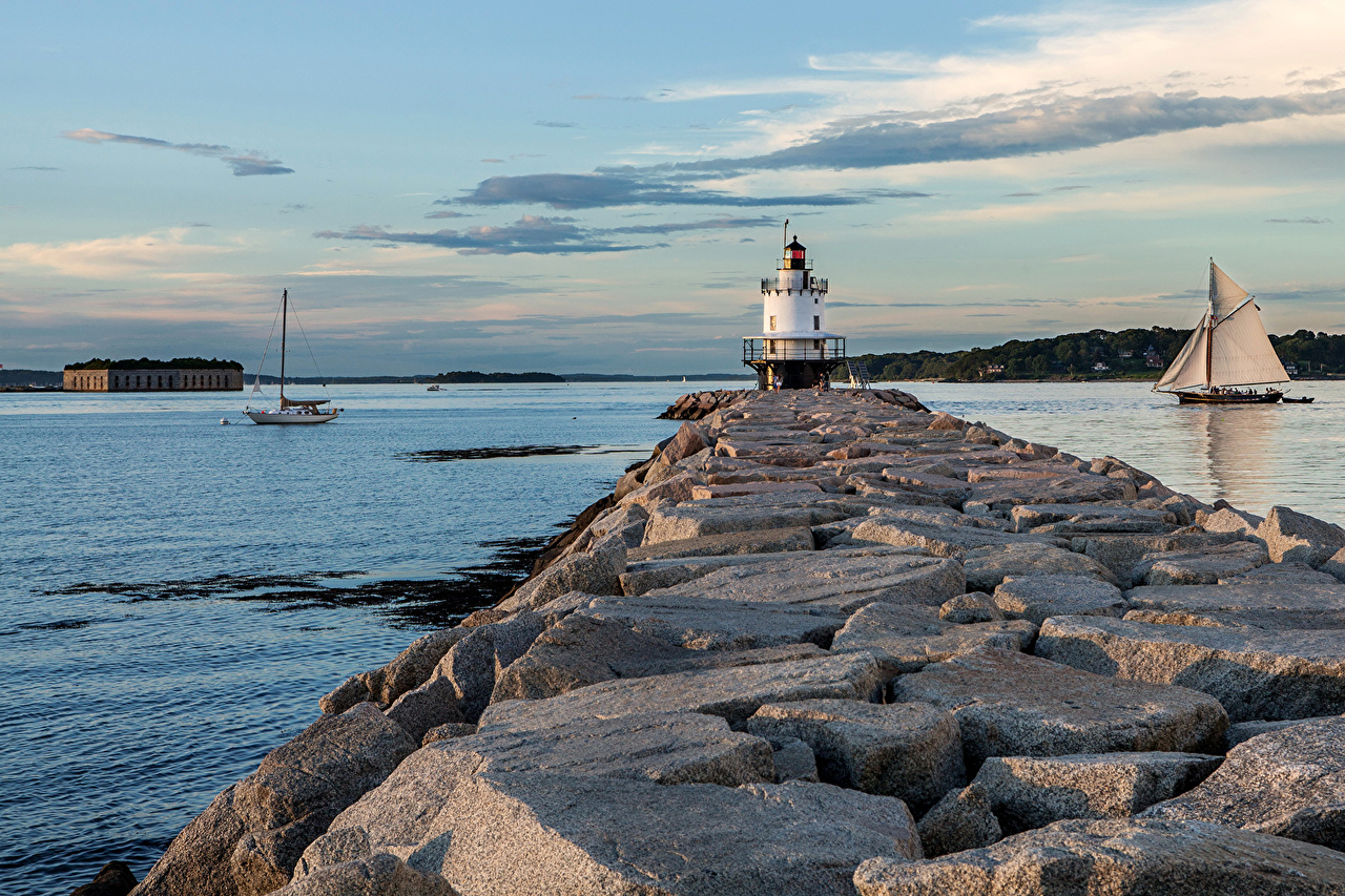 Картинки америка Portland Cape Elizabeth Маяки Природа Камень Парусные Побережье США штаты маяк Камни берег