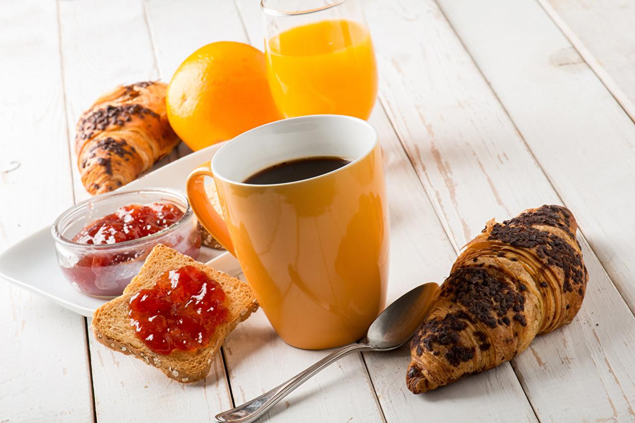 Картинки Сок Кофе джем Завтрак Круассан Хлеб Еда Чашка Доски Варенье Повидло Пища чашке Продукты питания