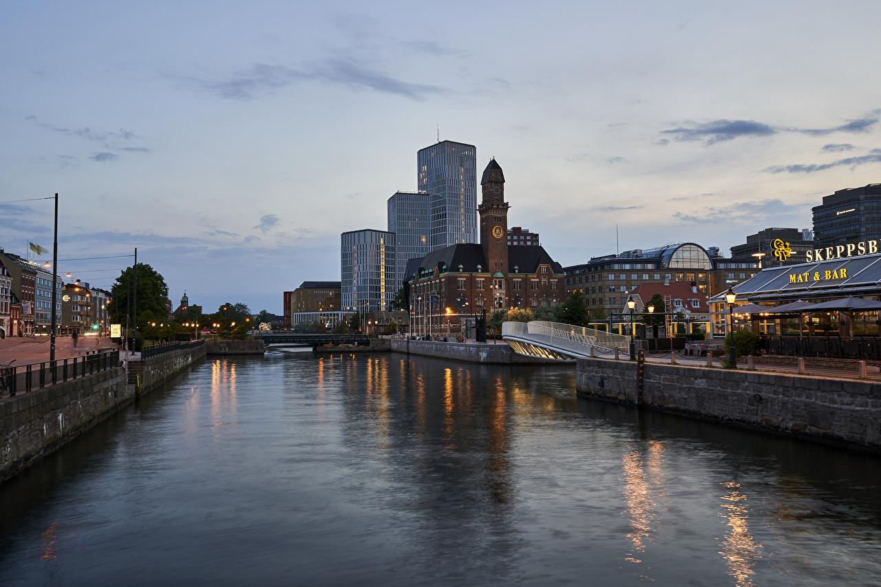 Картинки Стокгольм Швеция Водный канал Реки Вечер Города Здания река речка Дома город