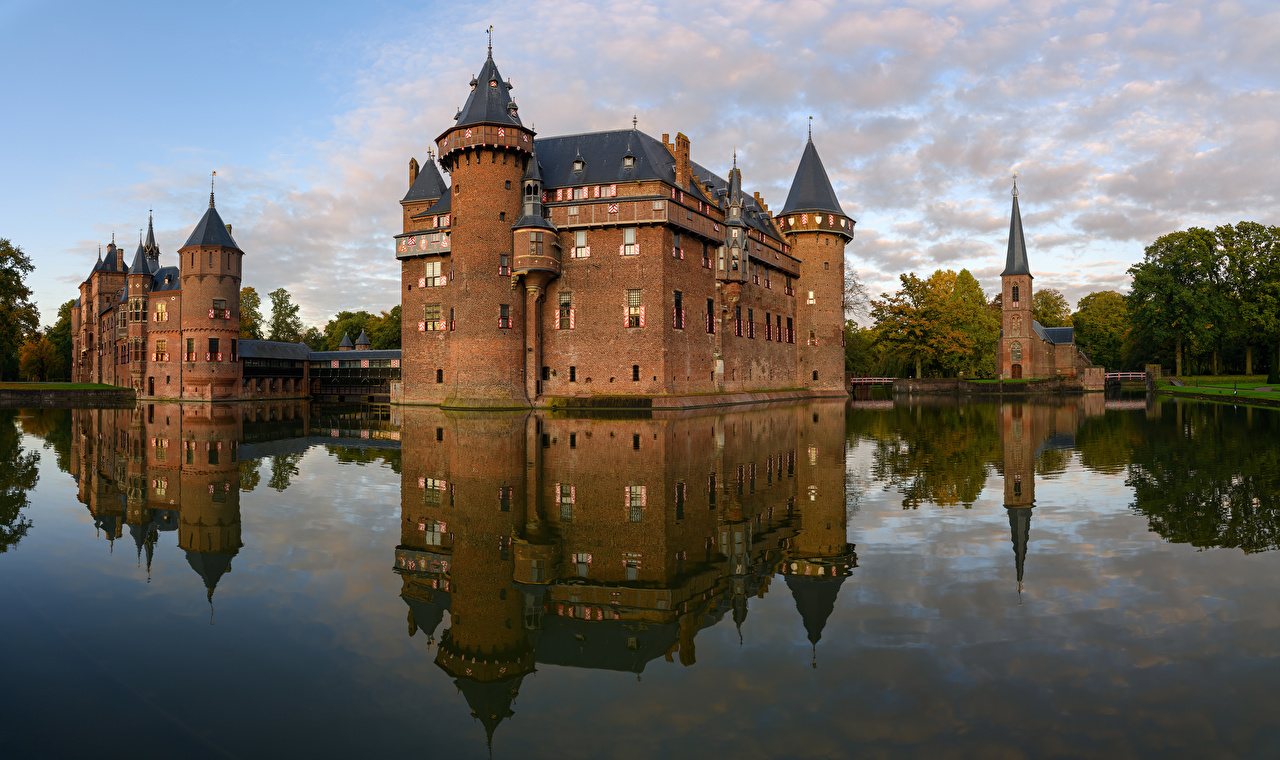 Картинки Нидерланды Castle De Haar замок Водный канал Города голландия Замки город