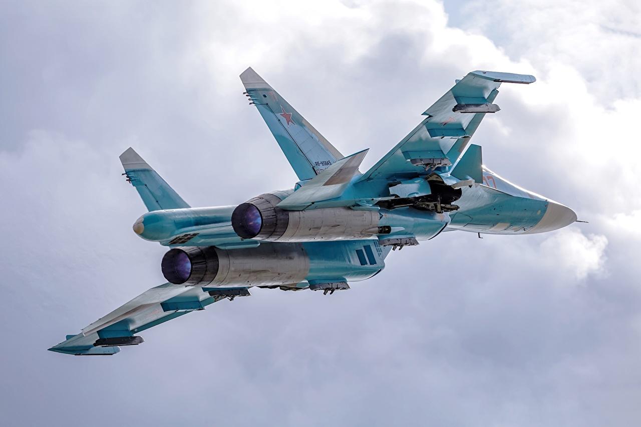 Фото Су-34 Истребители Самолеты Русские летят Авиация российские Полет летит летящий