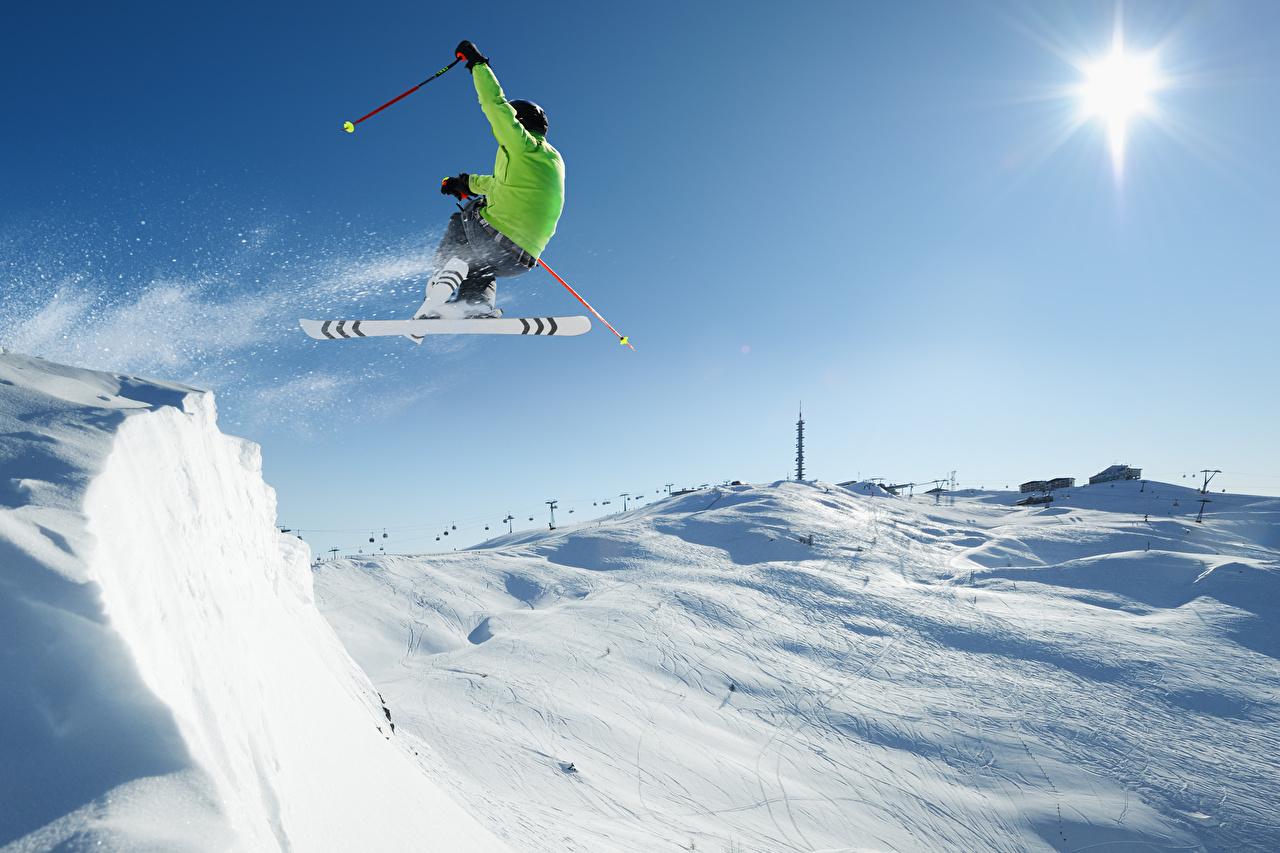 Картинки Мужчины Зима Спорт Снег Прыжок Лыжный спорт зимние