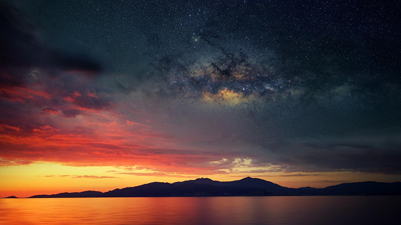 Картинки Франция Млечный Путь силуэта Corsica Горы Природа Небо Ночь Силуэт силуэты гора ночью в ночи Ночные